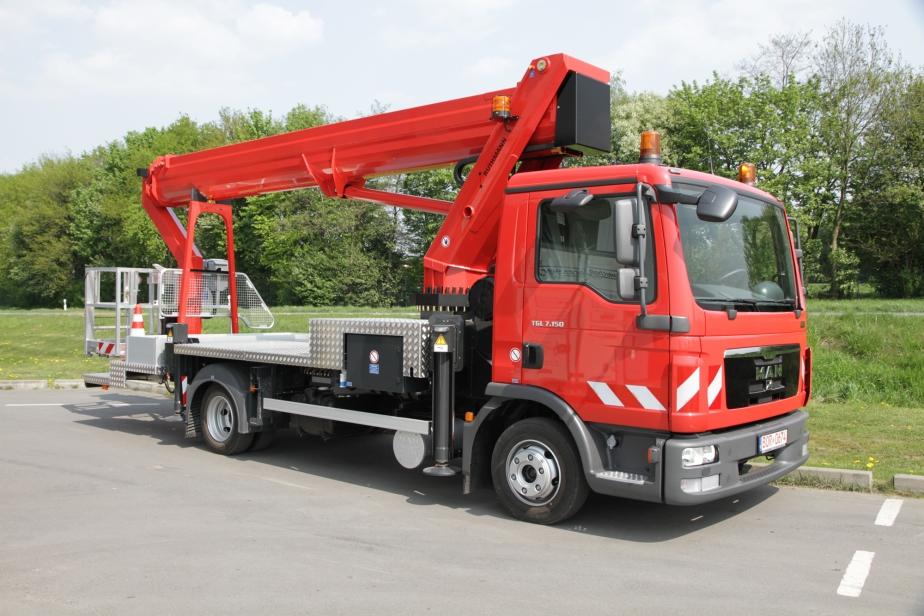 Ruthmann 33m Truck Mounted Cherry Picker
